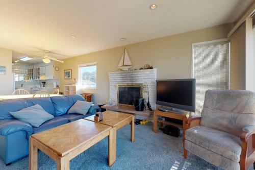 Pacific Sands Resort #22 - Neskowin, OR Vacation Rental