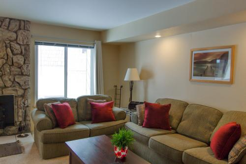 Horizons 4 131 -  Vacation Rental - Photo 1
