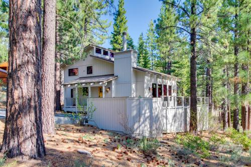 White Fir Golf Course Views - Truckee, CA Vacation Rental