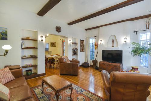 Sam Hughes Place - Tucson, AZ Vacation Rental