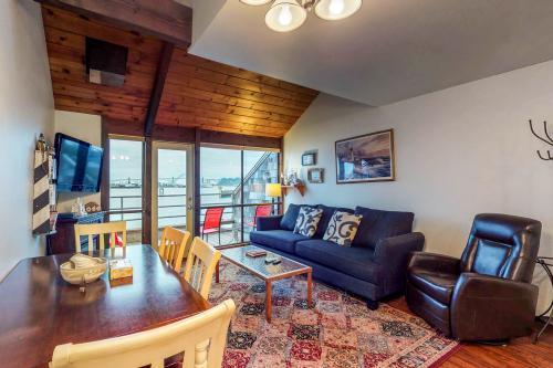 Yaquina Bay Getaway - Newport, OR Vacation Rental