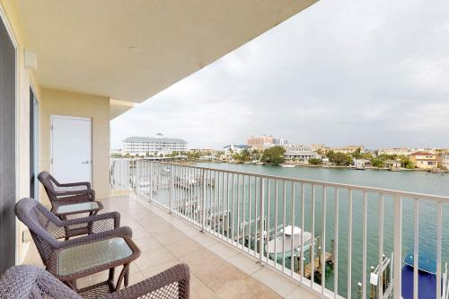 Bay Harbor 405 - Clearwater Beach, FL Vacation Rental