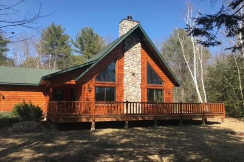Lazy Bear Lodge - Conway, NH Vacation Rental