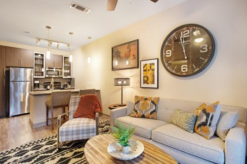 The Travers Suite - Dallas, TX Vacation Rental