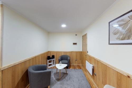 Apart Hotel Suveral VI - Puerto Montt, Chile Vacation Rental