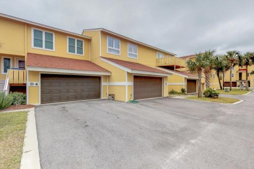 Regency Cabanas #D4 - Pensacola Beach, FL Vacation Rental
