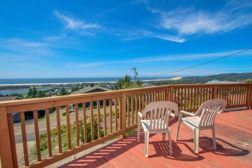 Carousel House in Pacific City - Pacific City, OR Vacation Rental