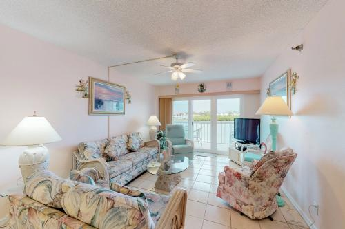 Waterview 205 - Indian Rocks Beach, FL Vacation Rental