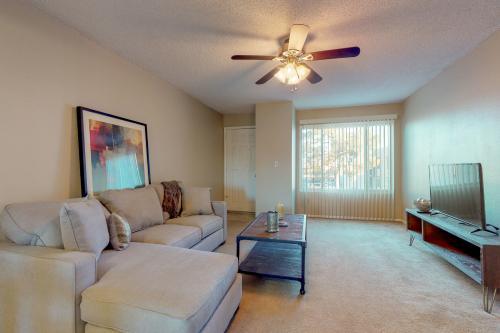 Hamptons Villa - Mesa, AZ Vacation Rental