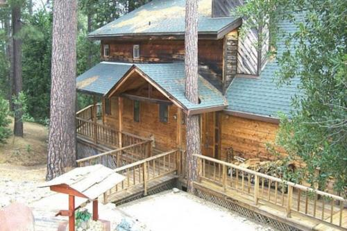 Our Bear Haven (02-483) - Groveland, CA Vacation Rental