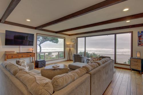 Beachcliff - Private Stairway to the Sand - Seal Rock, OR Vacation Rental