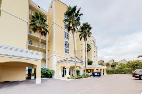 Tides Beach Club 411 - Redington Beach, FL Vacation Rental