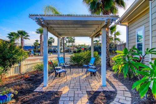Cotter Coastal Retreat - Port Aransas, TX Vacation Rental