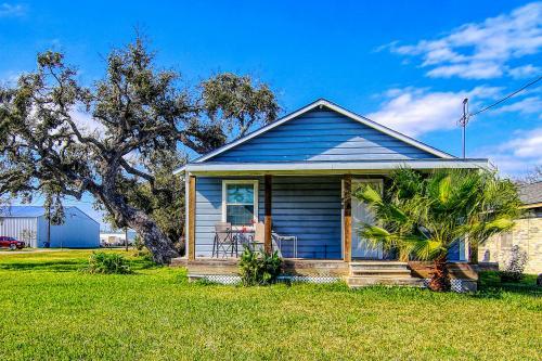 Coastal Hideaway #A - Rockport, TX Vacation Rental