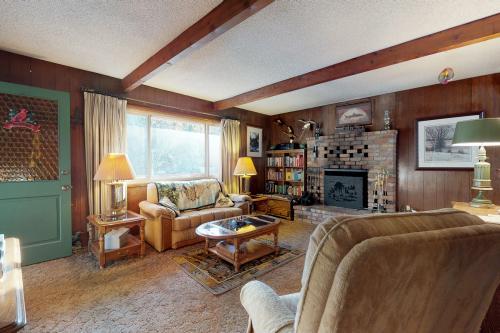 Big Bear Cabin on Oak  - Big Bear Lake, CA Vacation Rental
