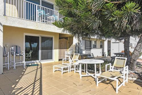 Cocoa Beach Hideaway  - Cocoa Beach, FL Vacation Rental