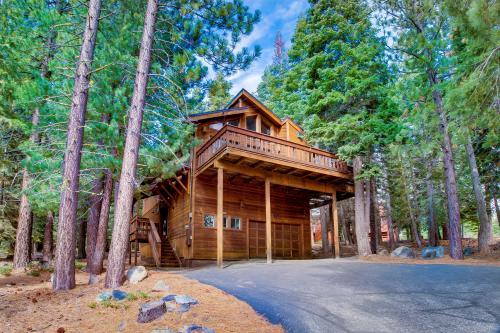 Pathway Tahoe Donner Retreat -  Vacation Rental - Photo 1