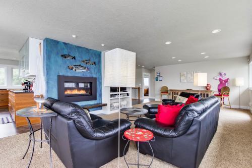 Alder House - Otis, OR Vacation Rental