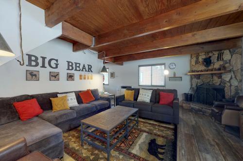Brown Bear's Den - Big Bear City, CA Vacation Rental