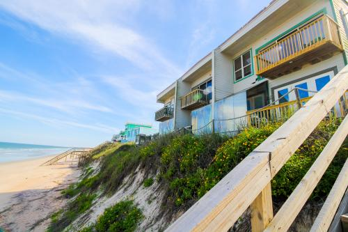 Oceanfront Hideaway Unit V -  Vacation Rental - Photo 1