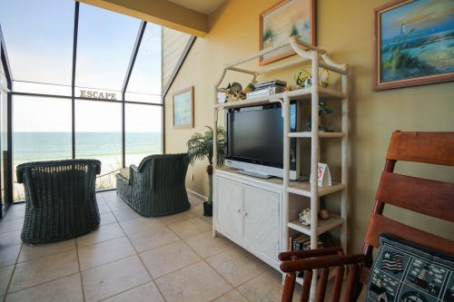 Oceanfront Escape Unit I -  Vacation Rental - Photo 1