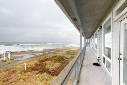 Arbor House South - Yachats, OR Vacation Rental