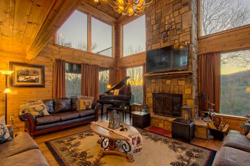 Soaring Eagle Cabin - Sautee Nacoochee, GA Vacation Rental