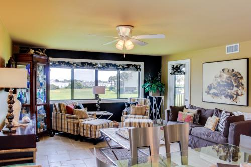 Luxury and a Beautiful Sound View - Pensacola Beach, FL Vacation Rental