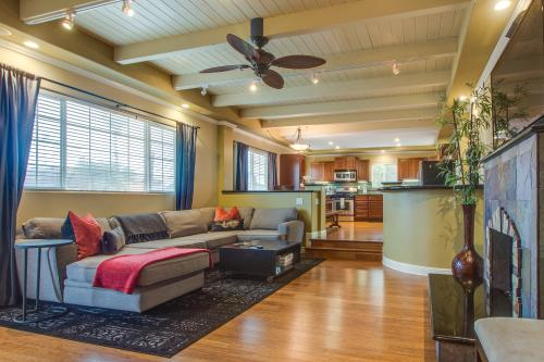 San Clemente - North Beach Bungalow - San Clemente, CA Vacation Rental