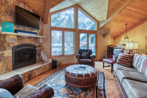 Chateau D'Hiver - East Vail, CO Vacation Rental