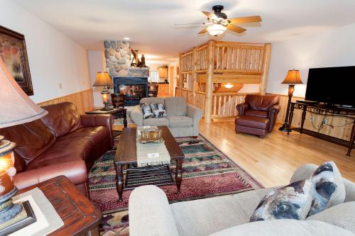 Voyageur View - Eagle River, WI Vacation Rental