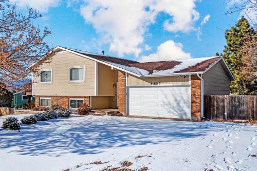 Mountain View Academy Retreat - Colorado Springs, CO Vacation Rental