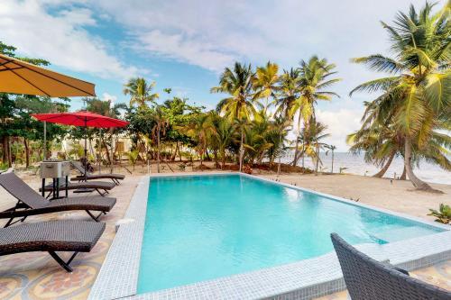 B1 @ Blue Water Beach Villas - San Pedro, Belize Vacation Rental