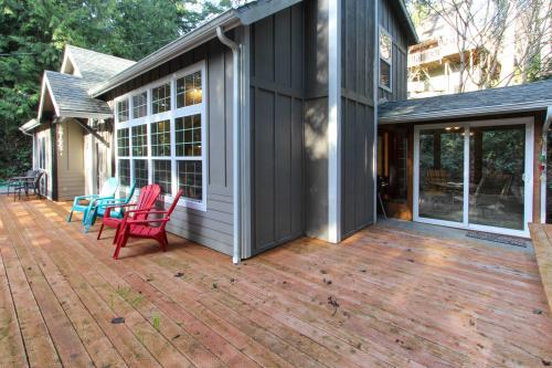 Mercer Creek Hideaway - Florence, OR Vacation Rental