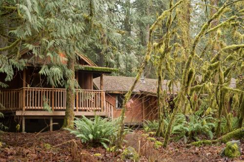 Alderwood - Rhododendron, OR Vacation Rental