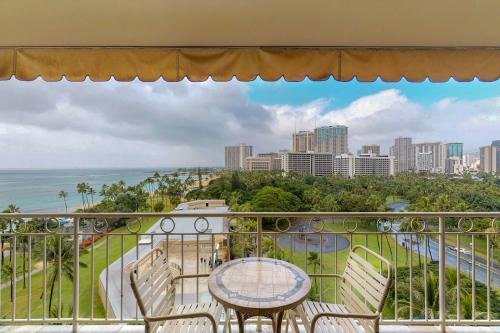 Waikiki Shore #1016 - Honolulu, HI Vacation Rental