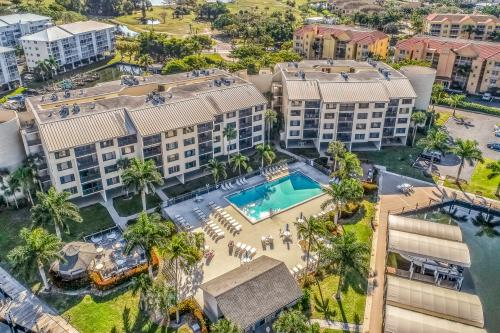 Ocean Breeze Condo - Fort Myers Beach, FL Vacation Rental