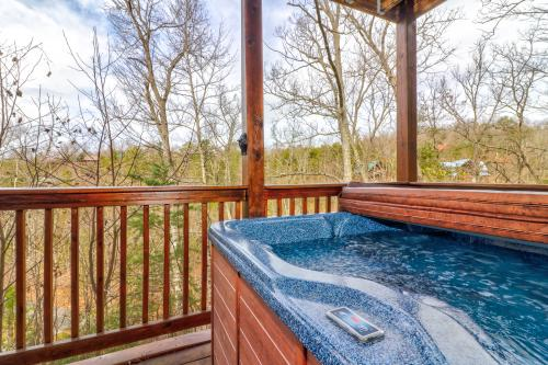 Lazy Lodge Cabin - Sevierville, TN Vacation Rental