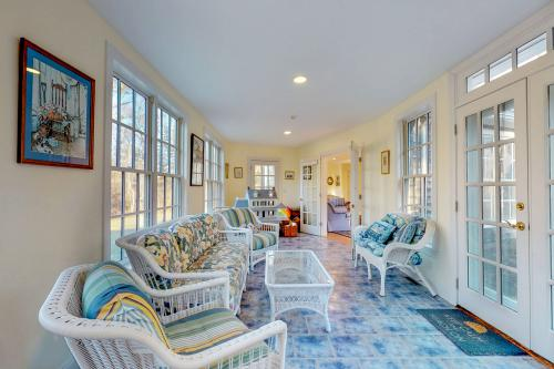 Gooseberry Cottage - Vineyard Haven, MA Vacation Rental