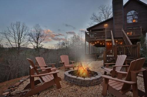 High-Bear-Nate - Mineral Bluff, GA Vacation Rental