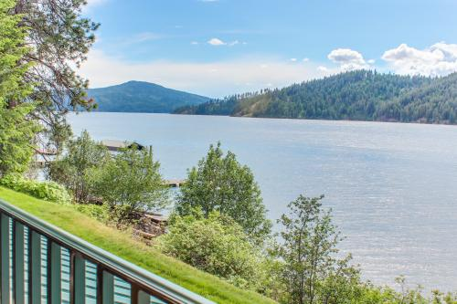The Yachtsman's Delight - Harrison, ID Vacation Rental