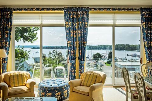 Luxury Main Street Retreat - Harbor Springs, MI Vacation Rental