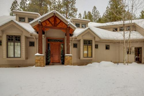 South Meadow Sanctuary - Black Butte Ranch, OR Vacation Rental