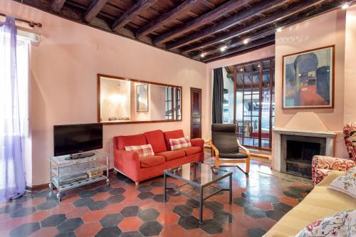 Apartment La Dama - Rome, Italy Vacation Rental