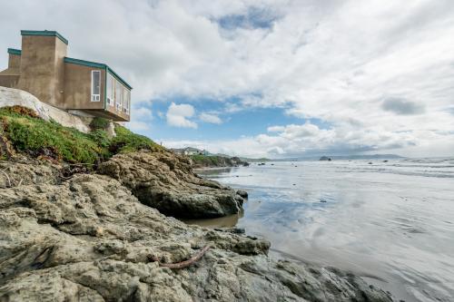 Pacific Harmony - Cayucos, CA Vacation Rental