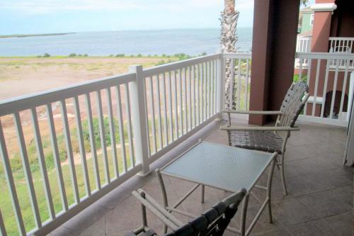 Country Club on the Bay - Laguna Vista, TX Vacation Rental