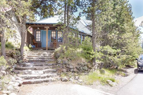 Flying Stag: Main Lodge -  Vacation Rental - Photo 1