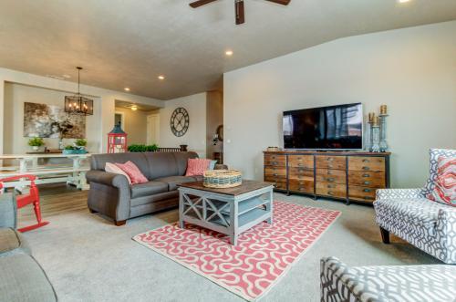 Casa Clara: Paradise Village #16 - Santa Clara, UT Vacation Rental