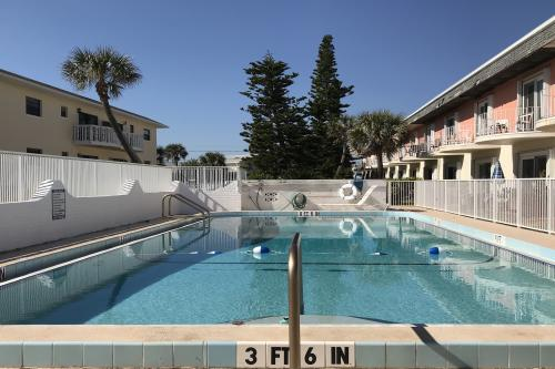 Madeira Villa #7 - Ormond Beach, FL Vacation Rental