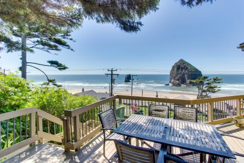 Haystack Views Vacation Rental - Cannon Beach, OR Vacation Rental